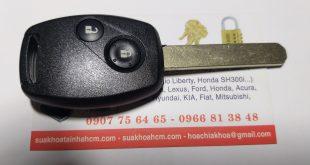 làm chìa khóa xe hơi tại nhà bè lh 0966813848