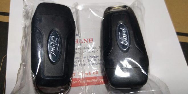 làm chìa khóa xe ford giá rẻ tai hcm lh 0966 81 38 48