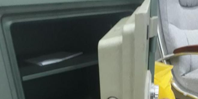 mở khóa két sắt tại quận 8 lh 0966813848