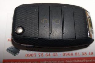 làm chìa khóa xe ô tô khu vực bình chánh lh 0966813848